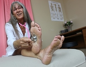 content/dr_pov_foot_worship/1.jpg